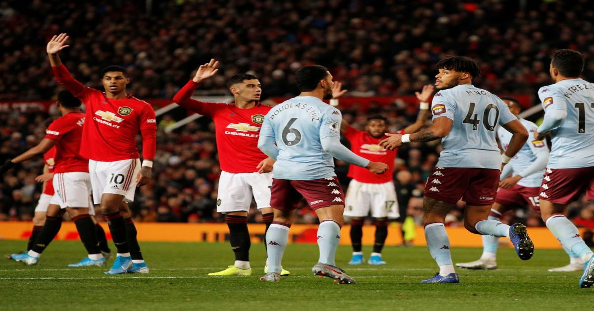 Football Pundits make their Predictions : Aston Villa vs ...